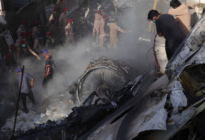 PIA Airbus A-320 crashed in Karachi
