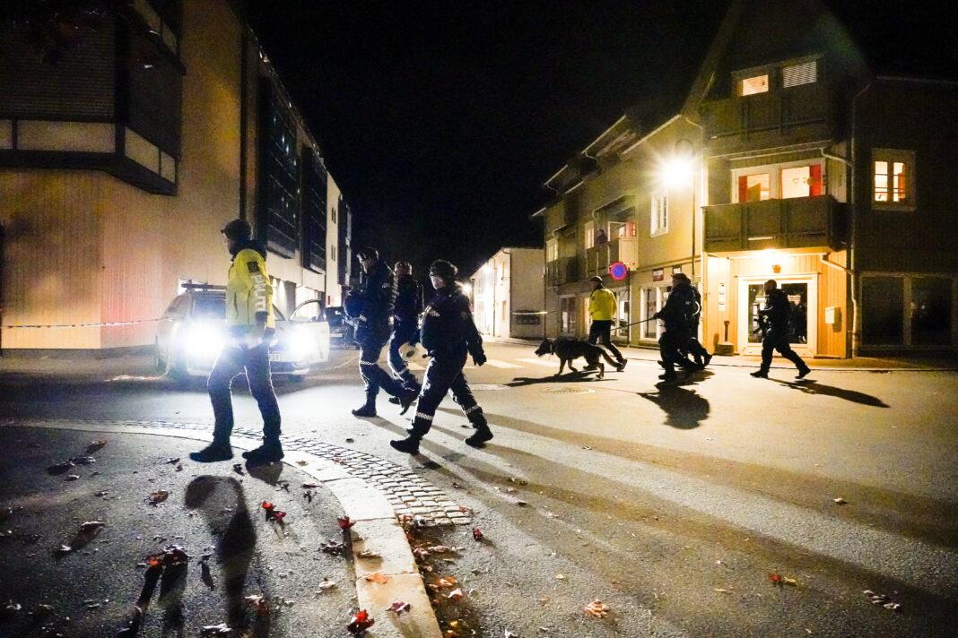 Νορβηγία επίθεση με τόξο και βέλη